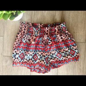 Geometric design shorts